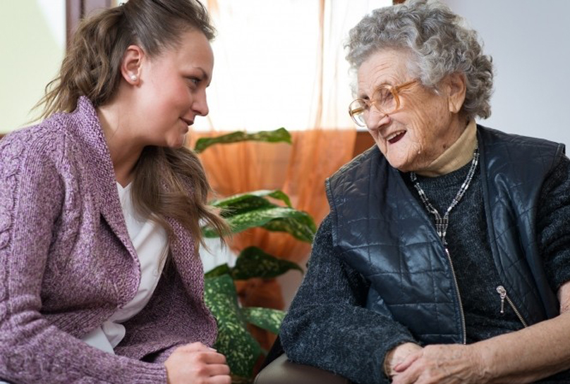 Bezahlbare Pflege aus Polen