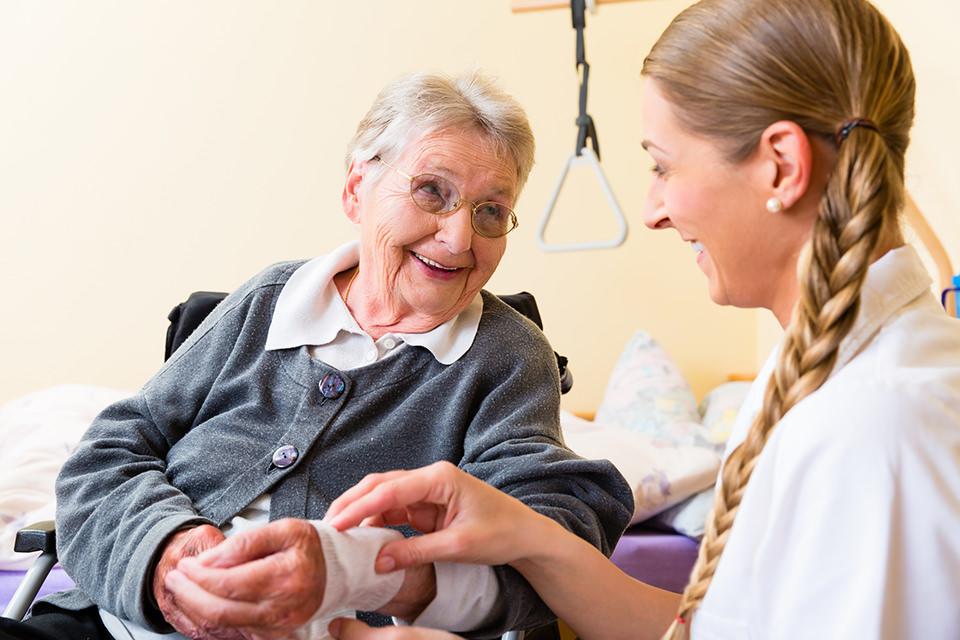 Kosten für eine legale 24 Stunden Pflege